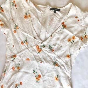 Kendall and Kylie white floral dress size large